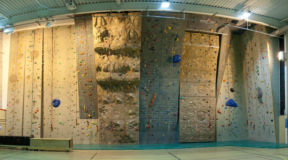 mur d escalade anse al escalade club d 39 escalade d 39 anse. Black Bedroom Furniture Sets. Home Design Ideas