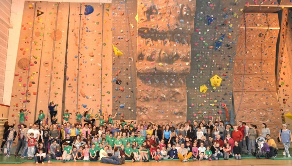 Participants à la faite de l'escalade